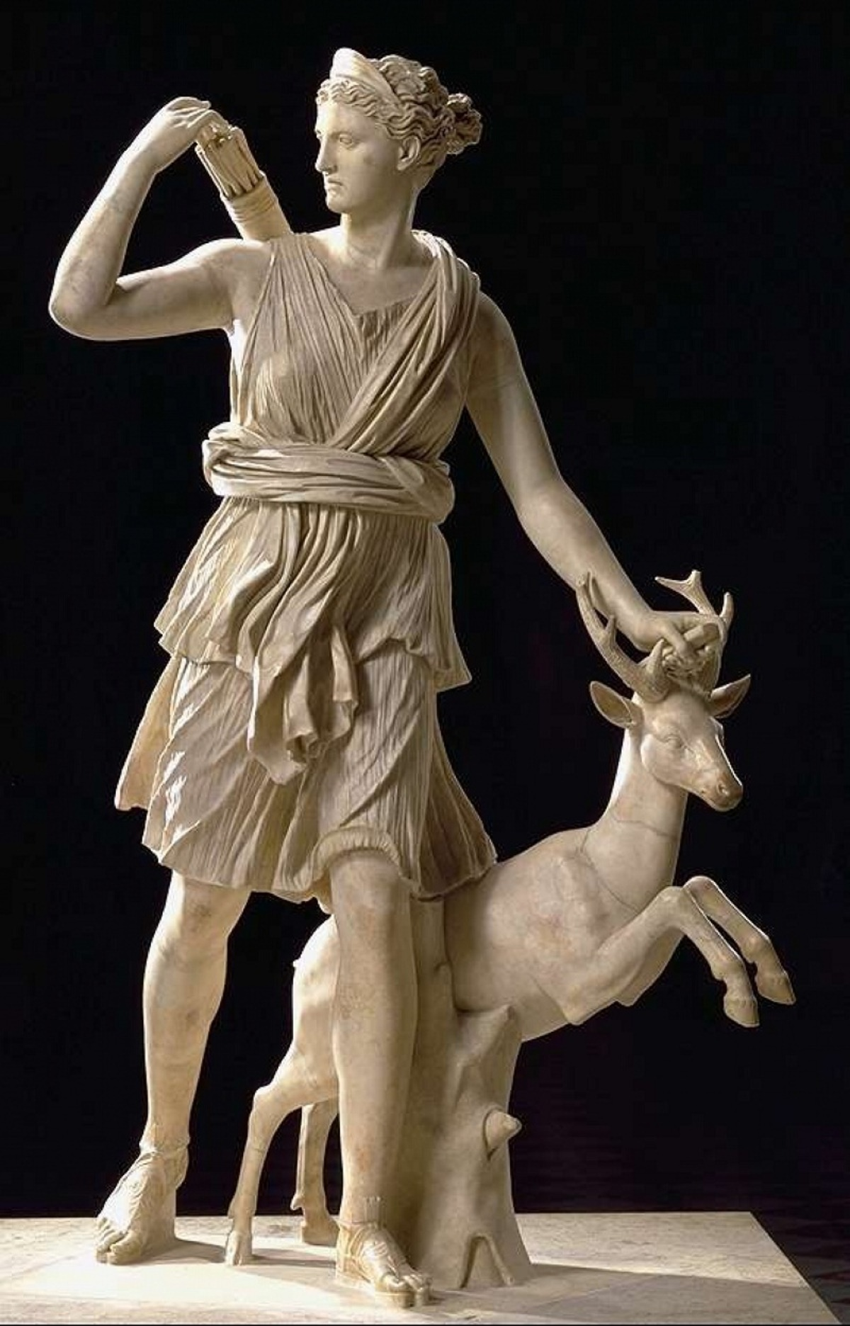 🏹 Artemis :: Greek Goddess of the Hunt and the Moon